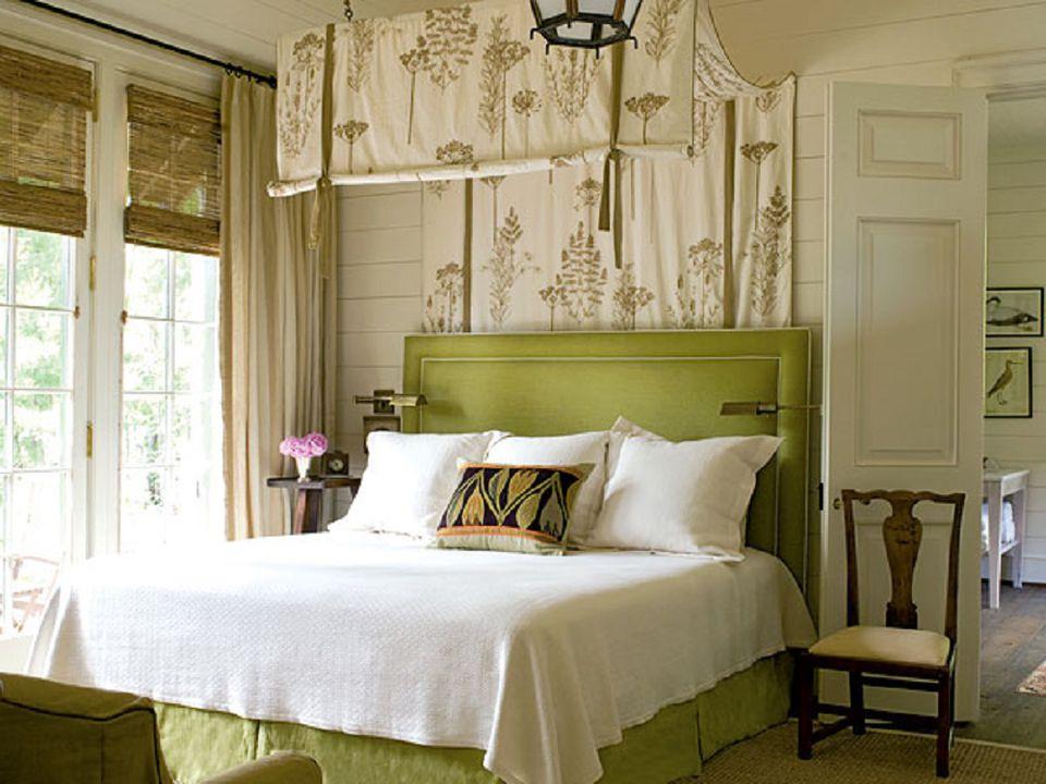 В центре внимания – зеленая кровать