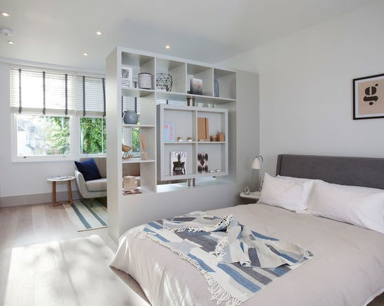 конфигурация помещения и уровень освещения