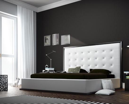 спальня в темно-коричневых тонах дизайн