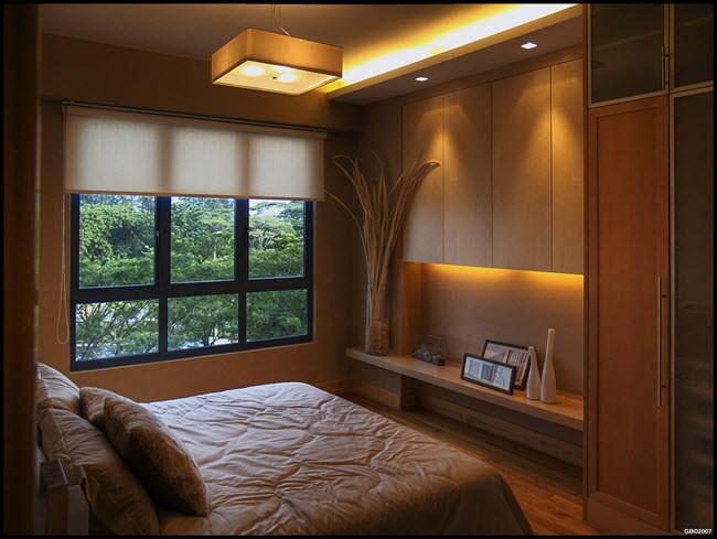 кровать в спальне перпендикулярно