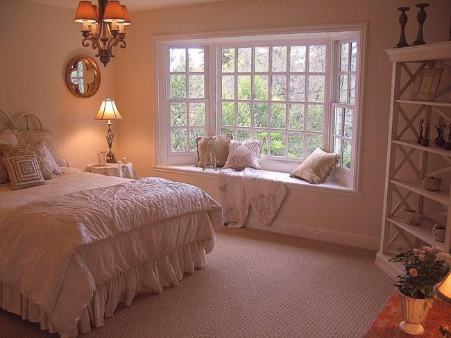 комнат с эркерами спальня