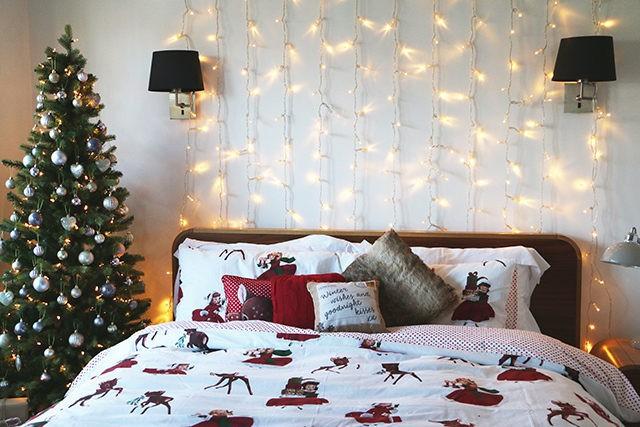Элементы новогоднего декора для спальни