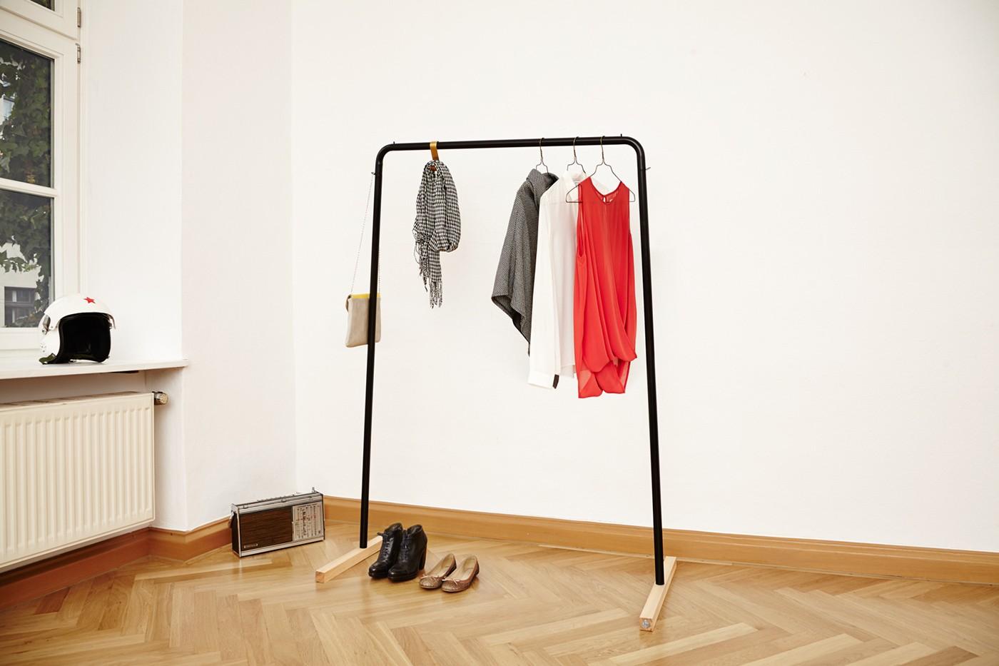 вешалка напольная для одежды в спальню