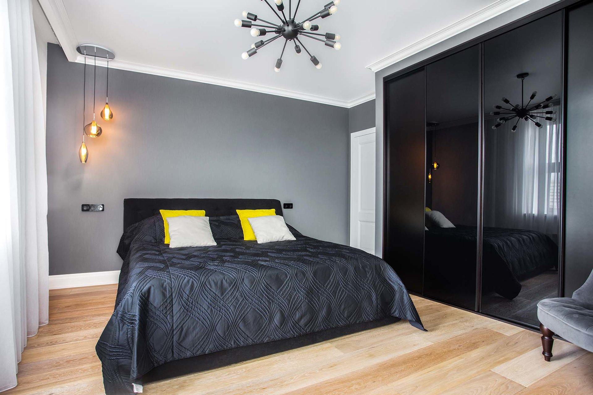 свисающие светильники в спальне