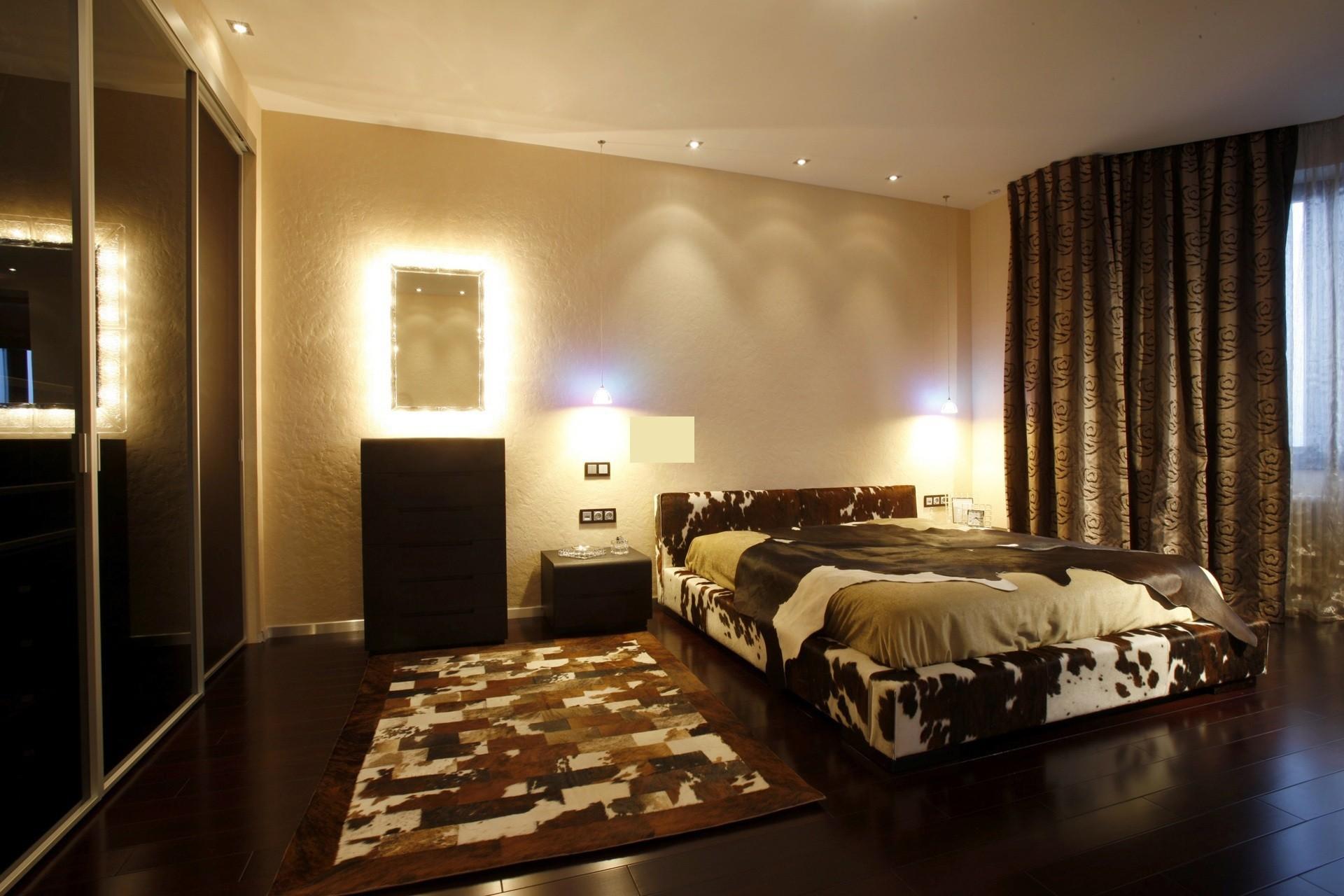 светильники над кроватью в спальне фото