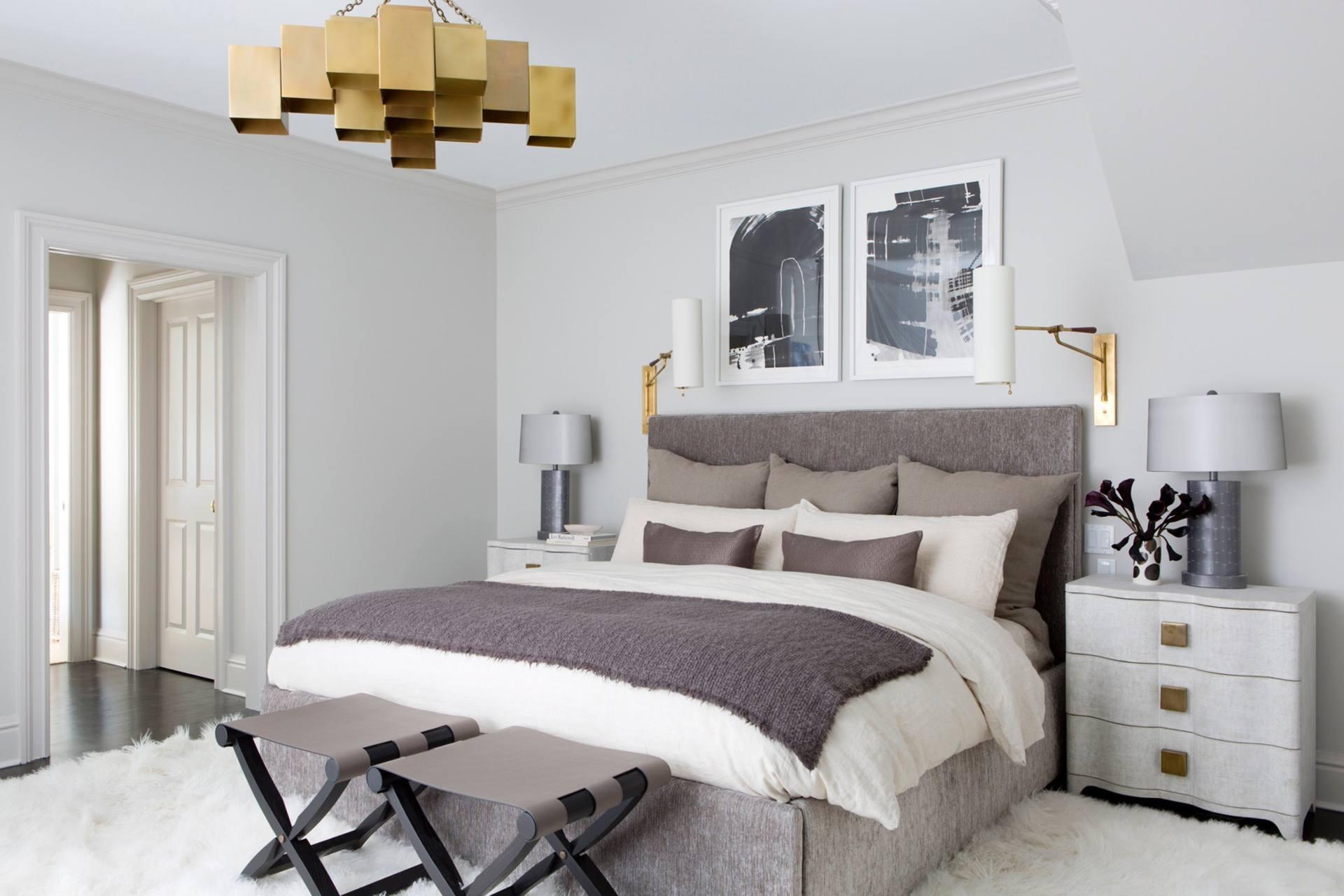 настенный светильник в спальню