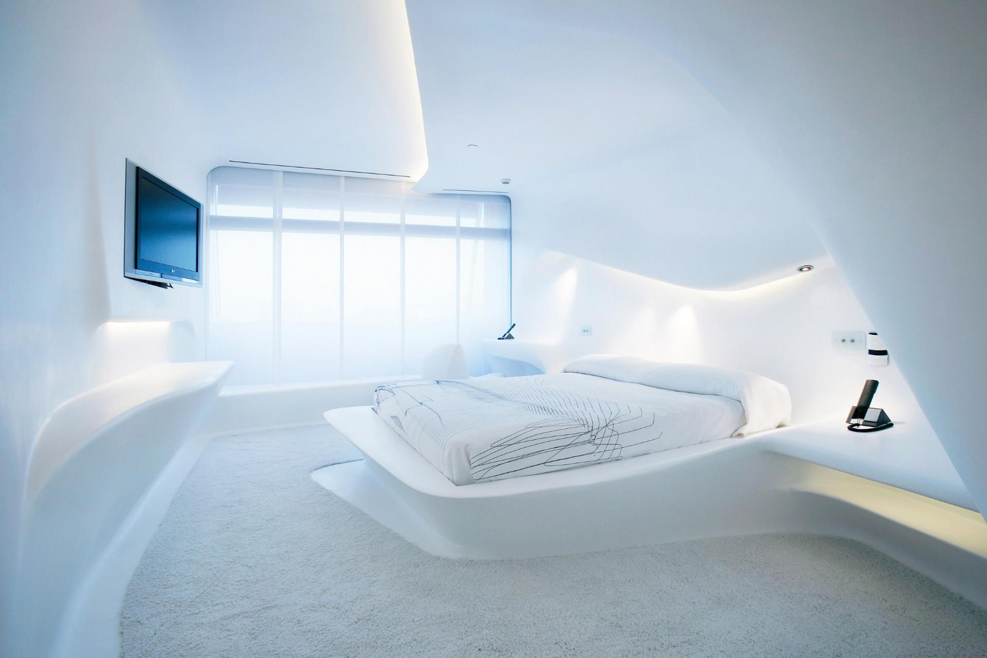 светильники в спальню современные
