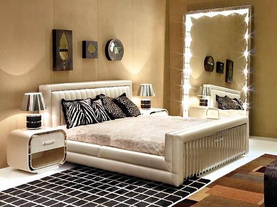 Освещение спальни с зеркалом